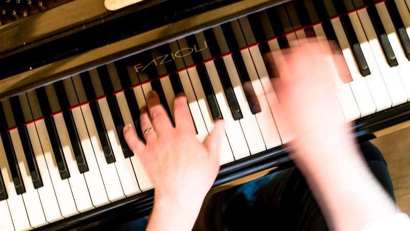 Ensemble Storstrøm, klaver, foto: Stéphane Tran Ngoc