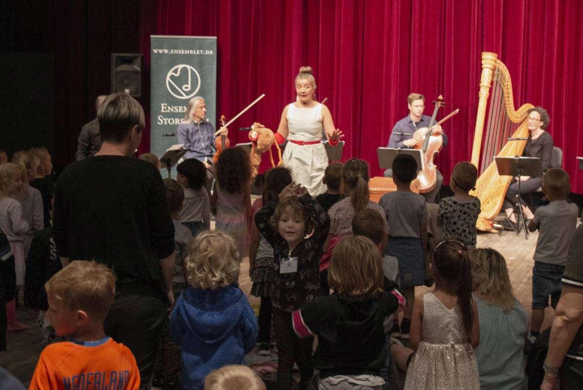 Ulla Britt Simonsen og Ensemble Storstrøm laver børneforestilling