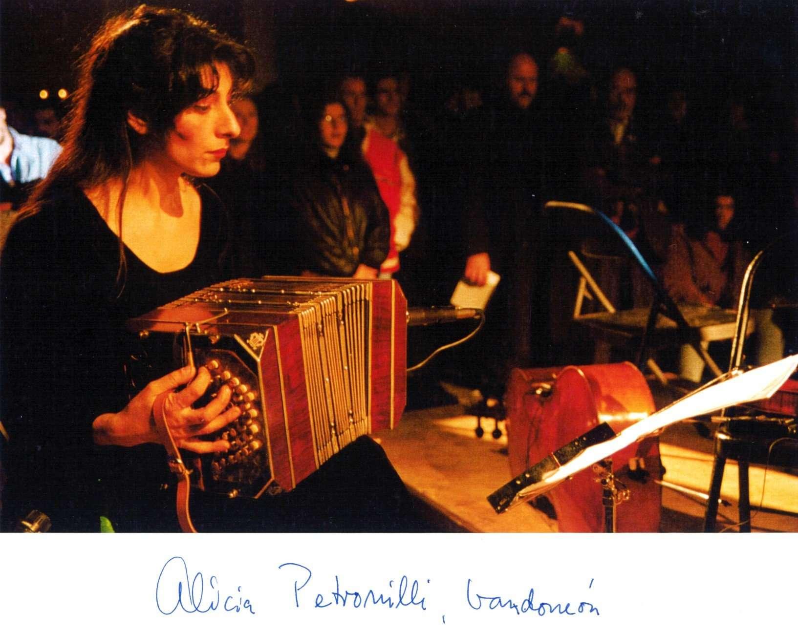 Alicia Petronelli som ensemblet spillede med.